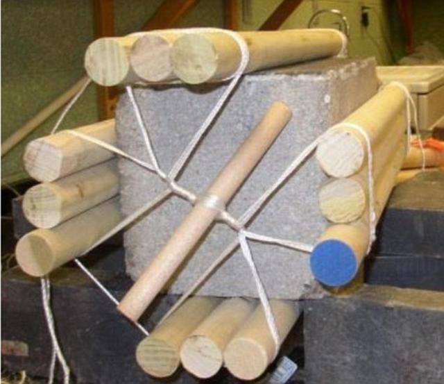 金字塔巨石是如何搬运的呢?石块加木棍