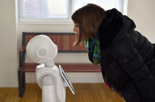 微软亚马逊发力,智能聊天机器人即将到来