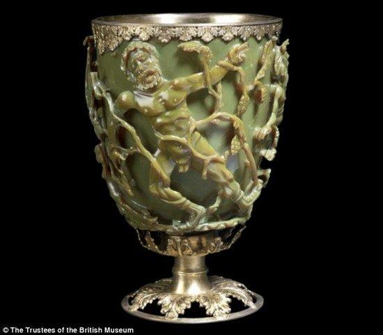 1600年前罗马人懂纳米技术? 制造变色高脚杯