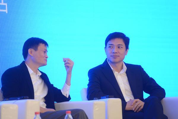李彦宏:互联网公司对你的隐私不感兴趣