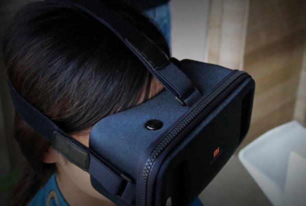 中国VR头盔市场艰难启动 去年仅售30万套