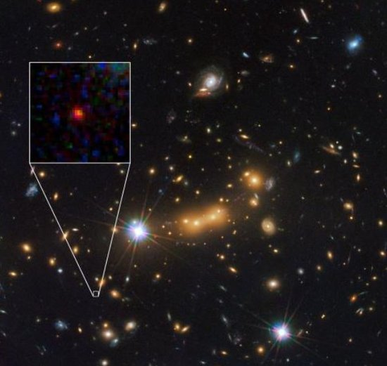 最新发现宇宙最遥远始祖星系 距地133亿光年