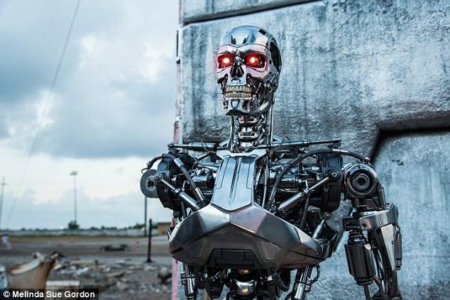 """专家警告:一年之内不禁止""""杀手机器人""""就来不及了"""