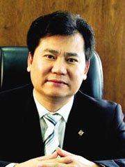 张近东 董事长