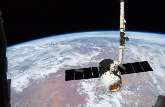 SpaceX为国际空间站运送补给 包括一种超级病菌