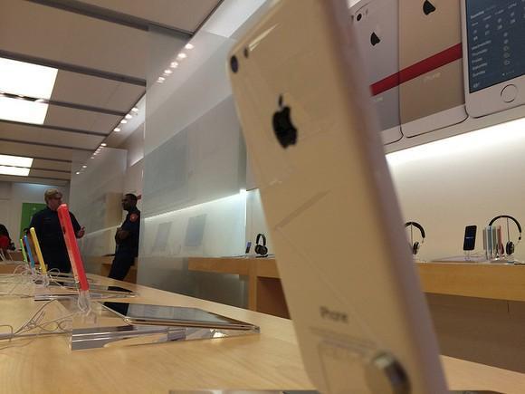 究竟有哪些人最喜欢购买苹果产品?