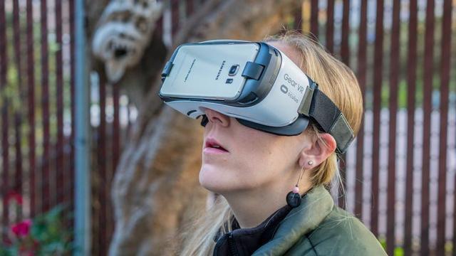 真正的VR产品,还在冰面以下