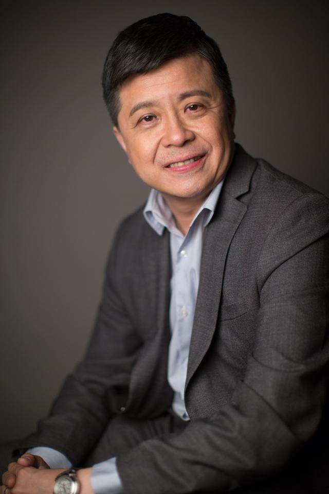 专访微软全球资深副总裁洪小文:微软要让每个人都可以用到AI技术