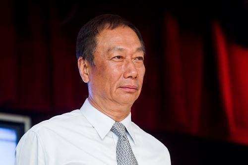 郭台铭自信能够击败竞争对手赢得夏普控股权