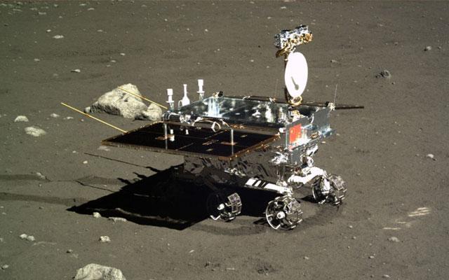 月球表面发现新型岩石 玉兔号功不可没