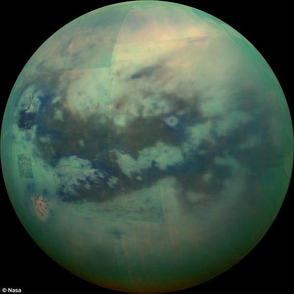 """卡西尼探测器近距土卫六拍摄""""高清图像"""""""