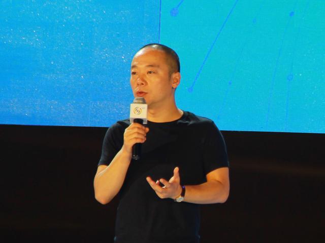 冯鑫:要让暴风TV独立成长为百亿美元公司