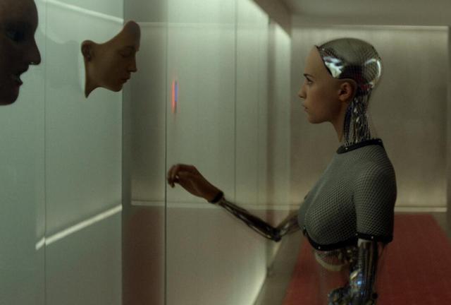 科技公司大量招募编剧和诗人 打造有个性机器人