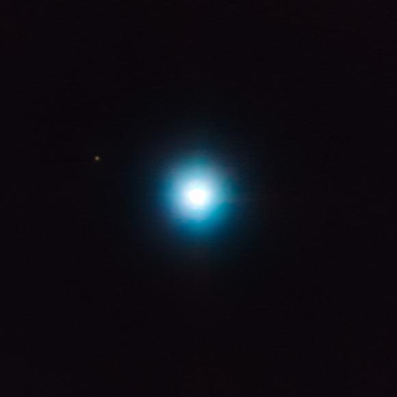 天文学家观测到一颗1200光年外的行星