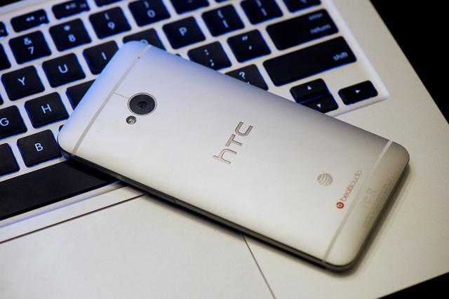 传HTC将转让手机业务 谷歌或出手收购 但官方否认消息