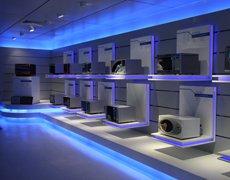 美的微波电器产品展台