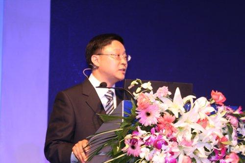 图文:科大讯飞董事长刘庆峰介绍语音云概念