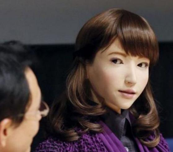日本美女机器人为何有些瘆人?