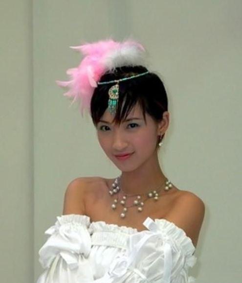 放过Showgirl这个梗吧,Chinajoy上还曾有过这些不务正业的事