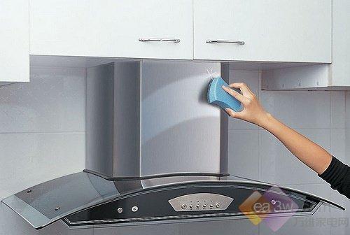 油烟机保养必读小常识 洗洗更健康