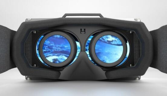 TNW记者:VR一路走来步履艰难 是破是立还看2017