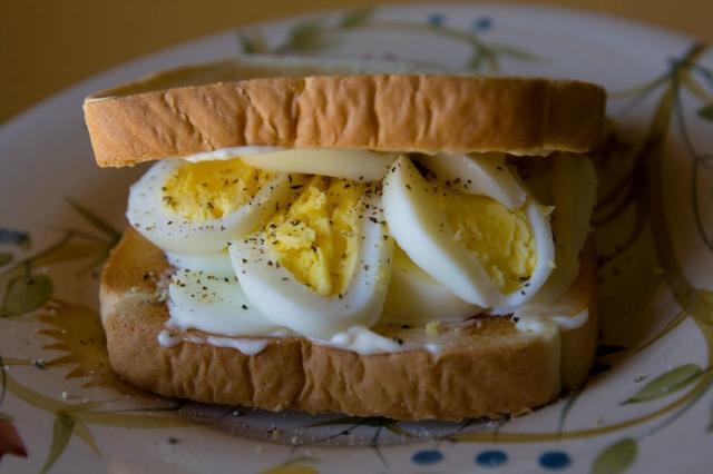 李嘉诚和盖茨要卖给你人造鸡蛋
