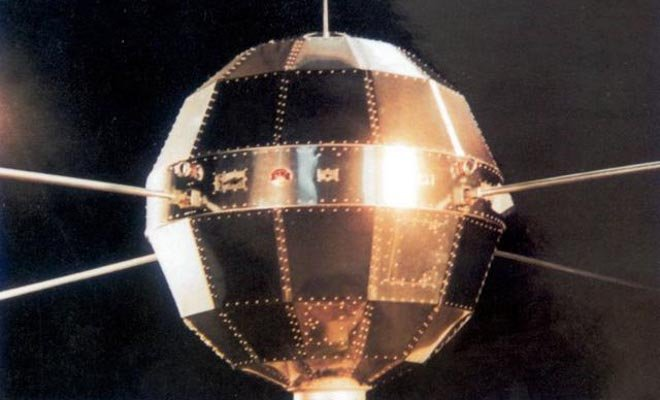 东方红一号46周年:工作28天 现仍在太空飞行