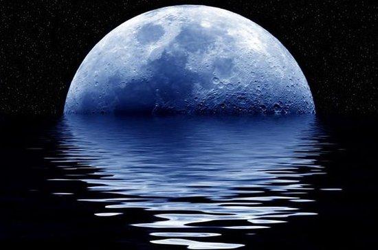 """月球表面矿物隐藏深层""""水""""资源线索"""
