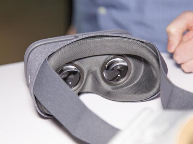 谷歌首款Daydream VR设备上手:廉价的外表下有颗聪明的心