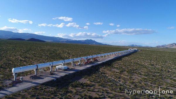 美国将首次试运行超音速列车 最高时速800英里