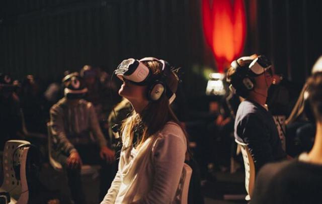 Netflix推出VR视频APP 半年内态度180度转弯