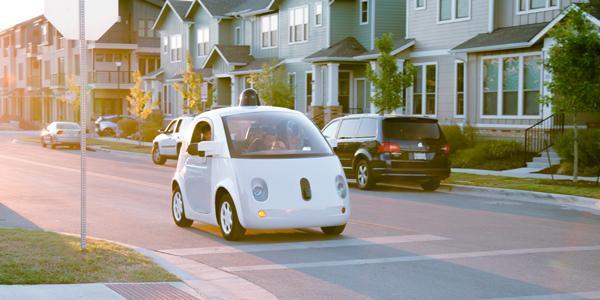 文件显示谷歌无人驾驶汽车或支持无线充电