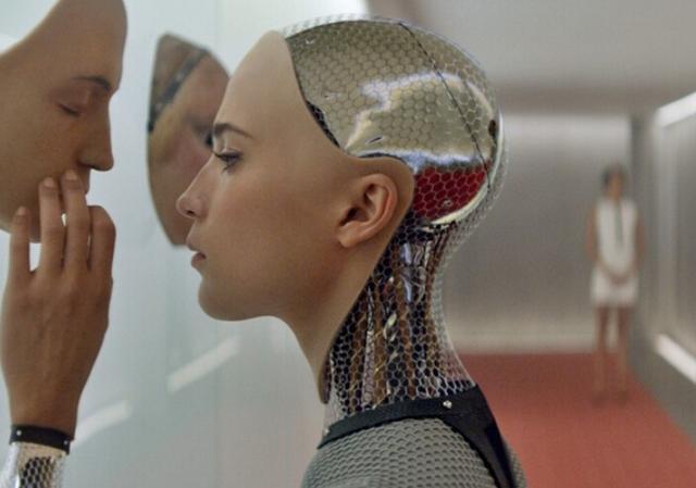 机器人助手Amy:善解人意