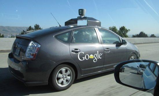 大撒把:紧张的谷歌无人驾驶体验