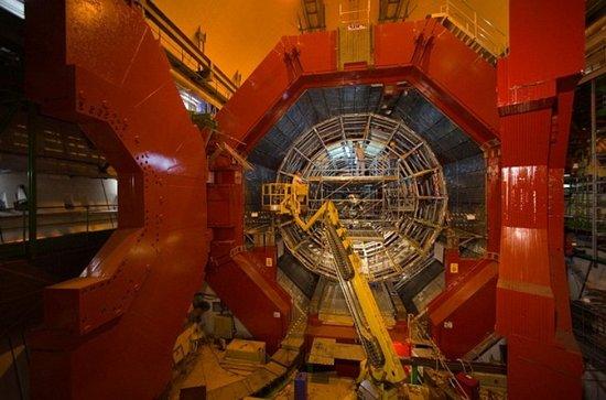 """欧核中心计划建造升级版""""超级对撞机"""""""