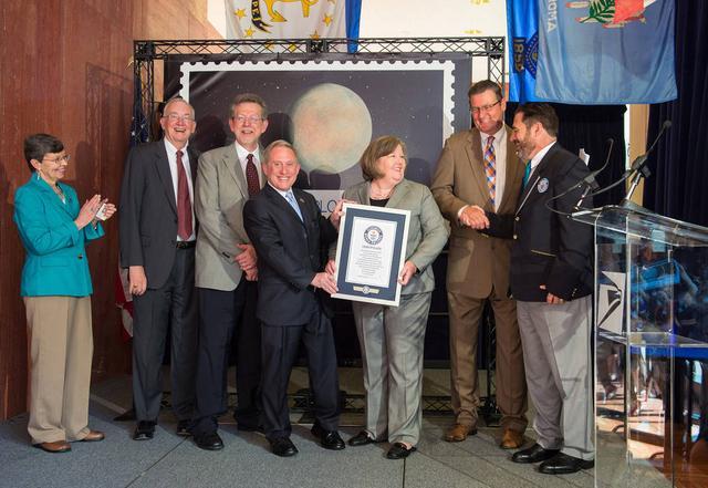 新视野号携带的冥王星邮票创吉尼斯世界纪录