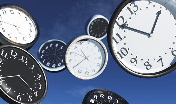 """物理学家:时间旅行有可能实现 有人已""""穿越""""过"""