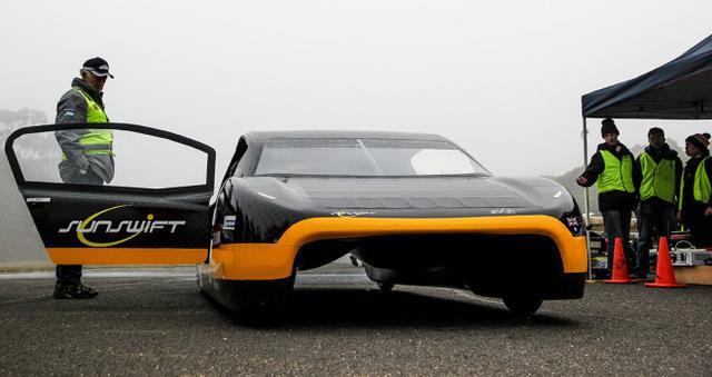 澳大利亚大学生造电动车:续航能力超特斯拉