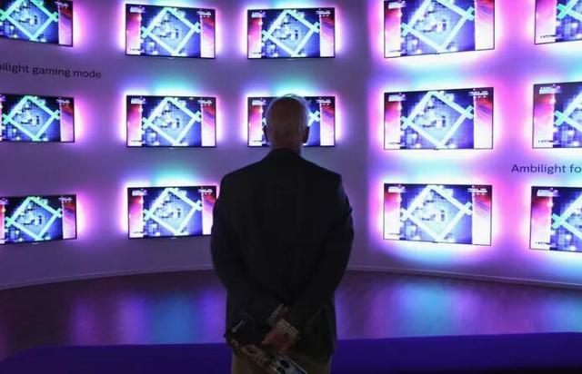 Facebook广告帝国扩张:将调用用户兴趣精准售卖电视广告