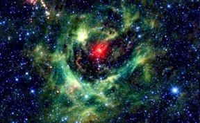 一周太空美图:奇特鹿豹座CY星