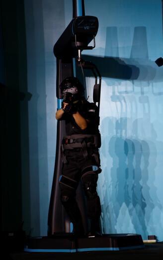 玩VR也能体验到飞奔的感觉吗?这家公司说:给我两平方米就行了