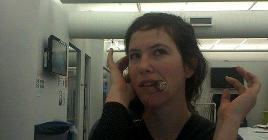 美最新设计牙箍MP3 无需使用耳机听音乐