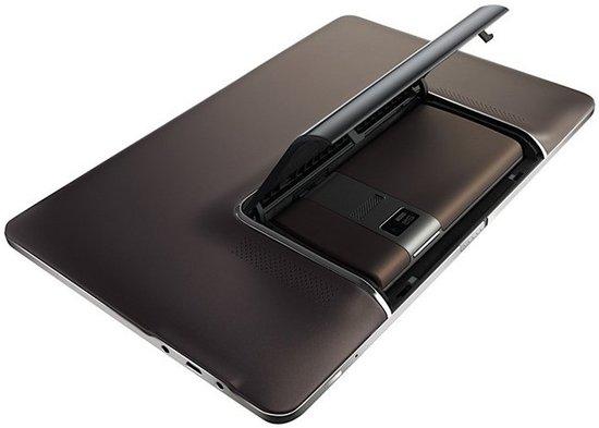 华硕2月27日发布平板智能手机一体机Padfone