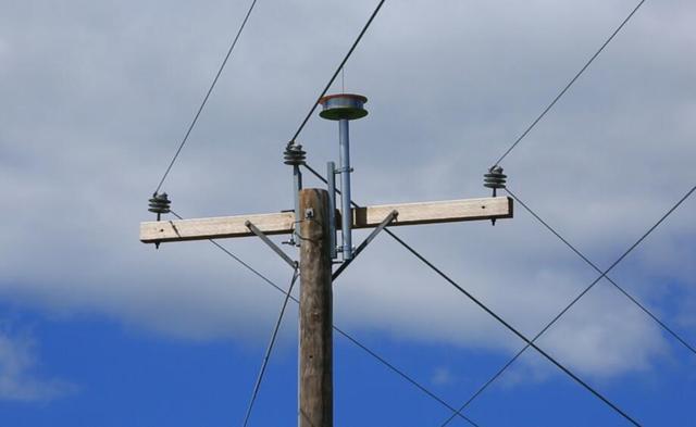 AT&T拟利用电力线网络提供无线宽带服务