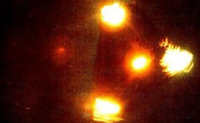 揭秘世界各地经典UFO照片