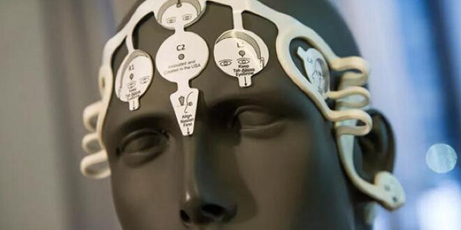 Siri开发者:AI将来可上传和访问人类记忆