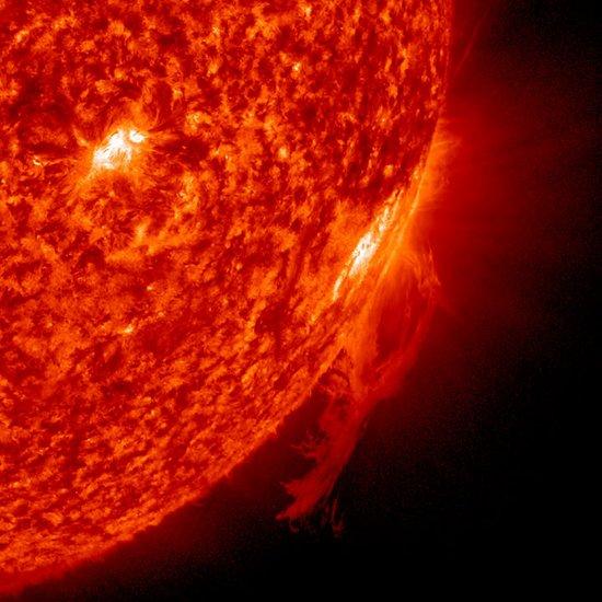 太阳黑子活动异常 人类是否应做好末日准备