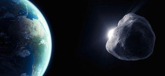 巨型小行星与地球擦肩而过 科学家实况直播