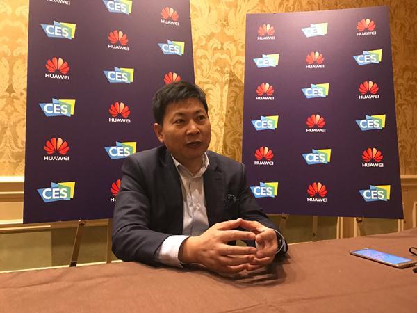 华为终端CEO余承东:2017年要控制规模 提升利润