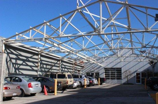 安德森创立的3D Robotics公司位于加州伯克莱的新办公室